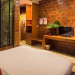 Deluxe Room 07